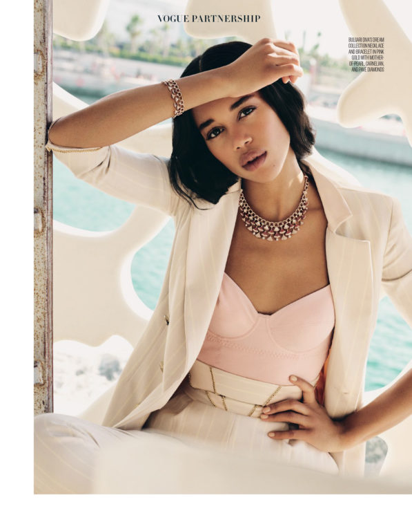 06-Vogue-Arabia-SEP-17v2_LR-(dragged)-6